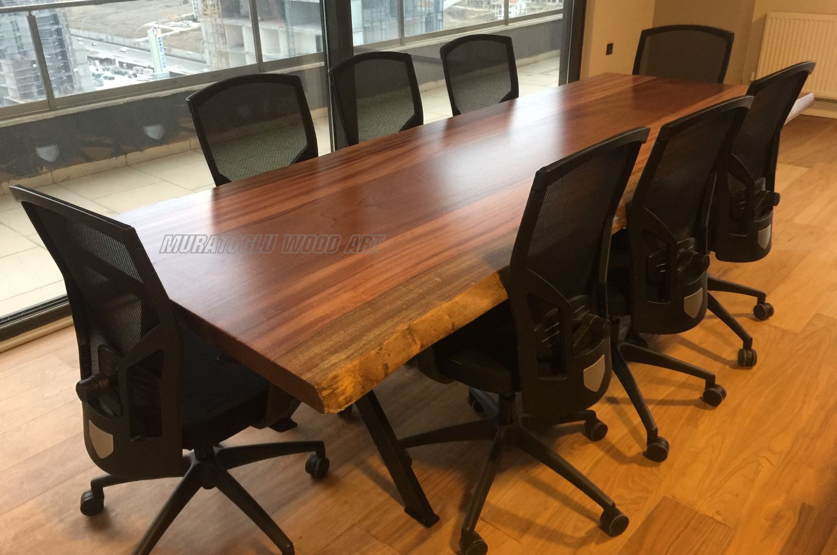 Sapelli Kütük Masa
